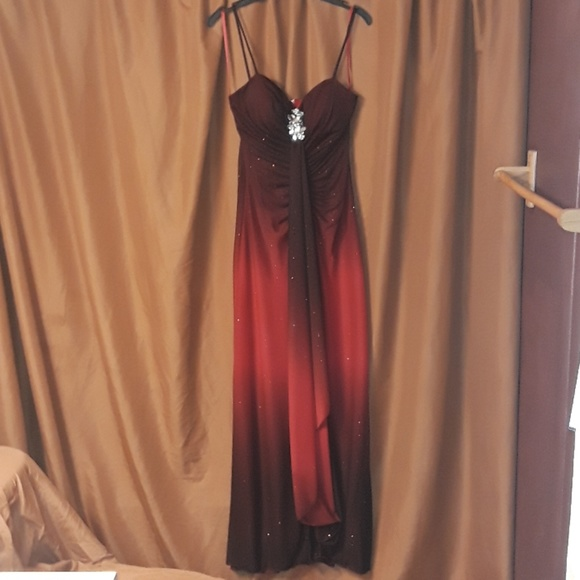 Reign On Dresses & Skirts - Reign On Formal Dress in Sparkling Black and Red